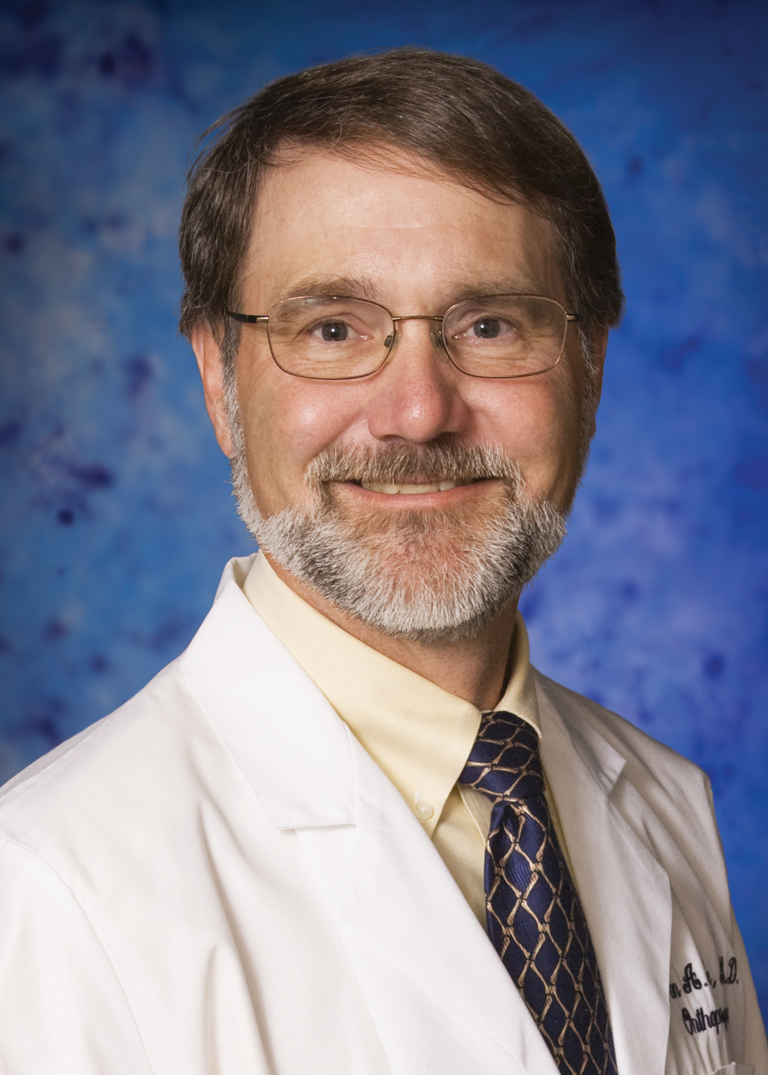 Jon Simpson, MD is an orthopedic surgeon and a member of the medical team at Cumberland Orthopedics.